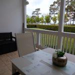 Die große Terrase mit Sitzbank und Stauraum z.B. für Gartensesselauflagen